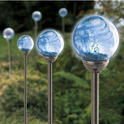 how to properly set up solar garden globes solar garden decor. Black Bedroom Furniture Sets. Home Design Ideas